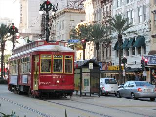 Stay Alfred Bourbon, Canal and French Quarter! MA1 - Louisiana vacation rentals