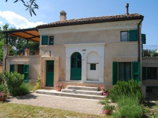 Rural Idyll - live la Dolce Vita! - Offida vacation rentals