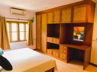 The Art Villa Rawai Phuket - Sao Hai vacation rentals