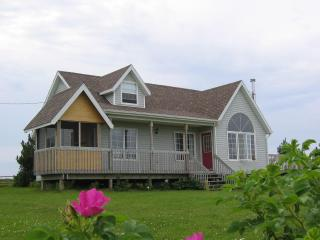 Simply one of the best PEI beach locations! - Lakeside vacation rentals