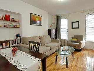 LOCATION LOCATION LOCATION (2E) Liraz's - New York City vacation rentals