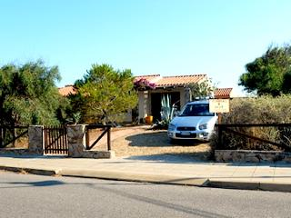Nice Cottage with Garden and Waterfront - Torre dei Corsari vacation rentals
