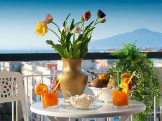 Lovely and modern 2br/2ba Apartment in Sorrento - Sorrento vacation rentals
