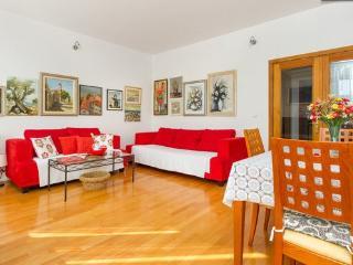 Great apartment for 5 near sea - Split-Dalmatia County vacation rentals