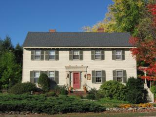 Rogers and Brown House B&B, c.1750, Ipswich,MA - Ipswich vacation rentals