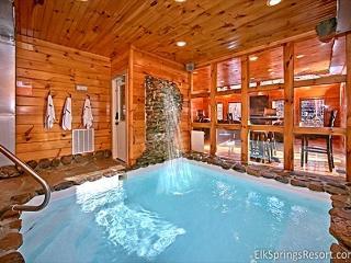 2 Bedroom cabin with Private Indoor Pool and Sauna - Gatlinburg vacation rentals