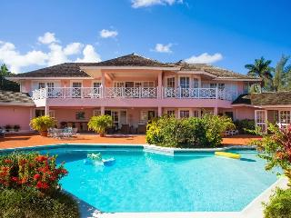Villa Mara at Mammee Bay, Jamaica - Beachfront, Pool, Tennis Court - Ocho Rios vacation rentals