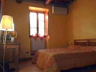 75 mq apartmen, 100 mt from Dome, Pistoia Tuscany - Pistoia vacation rentals