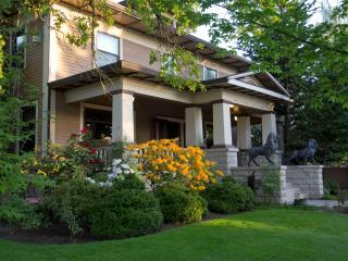 1911 Craftsman Mansion - Lions Gate - Yamhill vacation rentals