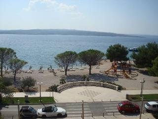BEACH APARTMENTS IN THE CENTER - APP 2 (2+2) - Cizici vacation rentals