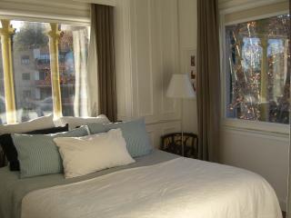 Treetop Apartment Trastevere - Rome vacation rentals