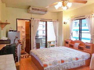 300 $ / MONTH Fully Furnished Studio In Bangkok !! - Bangkok vacation rentals