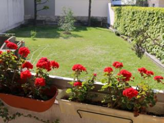 Nice Condo with Internet Access and Kettle - Pantin vacation rentals