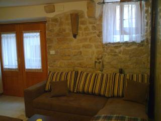 Rustic House, Old Town Center os Krk **** - Krk vacation rentals