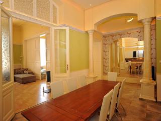 CAFF Downtown 140sqm 3bath 14sleeps - Budapest & Central Danube Region vacation rentals