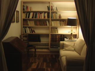 Apartment in the heart of Grenoble - rated 4 stars - short stays, holidays or business - Grenoble vacation rentals