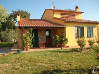 Bed and breakfast The farm of Giustina - Montecarlo vacation rentals