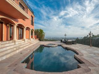 Hollywood Hills View Estate with Guesthouse 1-14 - Los Angeles vacation rentals