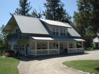 Cozy House with Deck and A/C - Victor vacation rentals