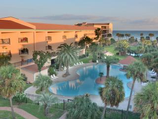 Galveston Tropical Breezes - 3 pools and hot tub - Galveston vacation rentals