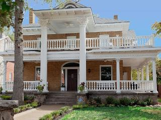 Amazing Virginia Highlands historic mansion 4 bed - Atlanta vacation rentals