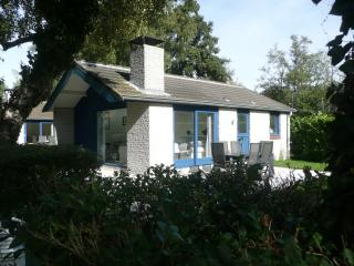Two bedroom Bungalow 4-6 persons::: - Loosdrecht vacation rentals