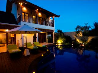 Tropical 3 Bedrooms Villa Seminyak - Seminyak vacation rentals