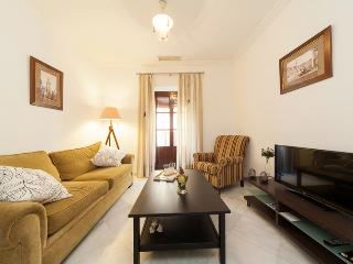 [652] Perfect location for this apartment - Seville vacation rentals