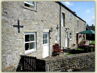 Nice Cottage with Outdoor Dining Area and Television - Barnard Castle vacation rentals