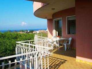 Seaside Apartment under Mount Etna - 7 people - Acireale vacation rentals