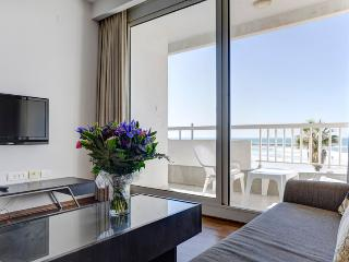 Gorgeous Suite with Ocean View TLV - Tel Aviv vacation rentals