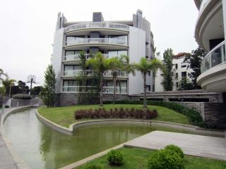 Homey 2 Bedroom Apartment in Carrasco - Montevideo vacation rentals