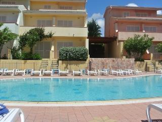 Studio Apartment in residence Le Onde with swimming pool and sea view - Badesi vacation rentals