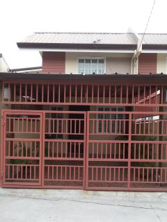 Cozy and Clean 2-Storey Townhouse in Angeles City - Angeles vacation rentals