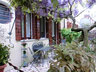 Lovely Apartment in Venezia Mestre - Venice vacation rentals
