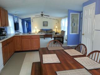 Perfect alternative to hotel - Otis vacation rentals