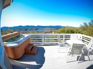 Spa. BBQ. Billiards. Lake Views. Mountain Getaway! - Lake Arrowhead vacation rentals