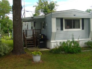 Lovely Cottage by Saratoga Lake - Saratoga Springs vacation rentals