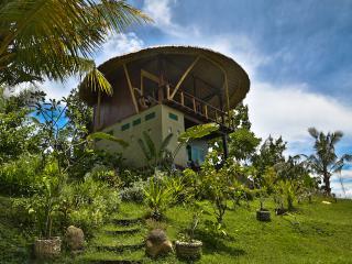 Balian mushroom villa - Suraberata vacation rentals