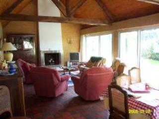 Salon looking out over golf course - Villa on St Laurent Golf Course - Ploemel - rentals