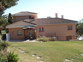 Large, beautiful apt in stunning villa. Sea views. - Estepona vacation rentals