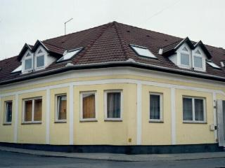 Family Apartment in Downtown Eger - Downstairs Apt - Eger vacation rentals