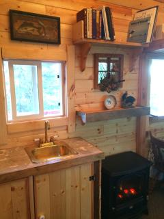 Cabin on Private Lake, SOLDOTNA, ALASKA - Soldotna vacation rentals