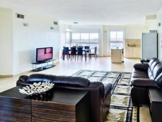 Luxury 2 Bdr Apt In German Colony - Amazing Views! - Jerusalem vacation rentals