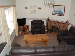 Comfortable Cottage with Internet Access and Washing Machine - Ringstead vacation rentals