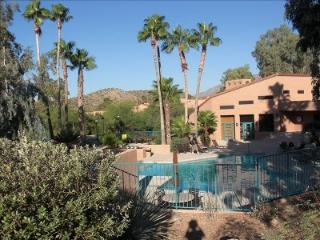QUITE INVITING!! 2BR2BA-sleeps 6 VENTANA CANYON - Tucson vacation rentals