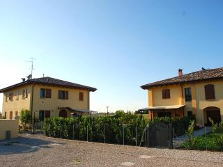 Sleepy home holidays, welcome in Bologna - Bologna vacation rentals
