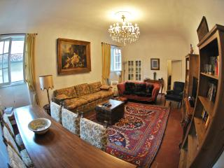 Florence Centrum - Apartment Casa Tacconi - Florence vacation rentals