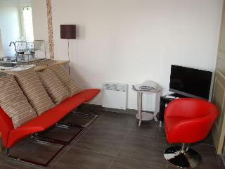 Nearby the sea, sweety fishermen house, 3 stars - Santec vacation rentals