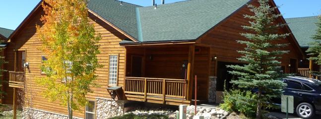 "Moose Lodge on large corner lot - ""Moose Lodge""-Family Friendly-near 6 ski areas - Dillon - rentals"